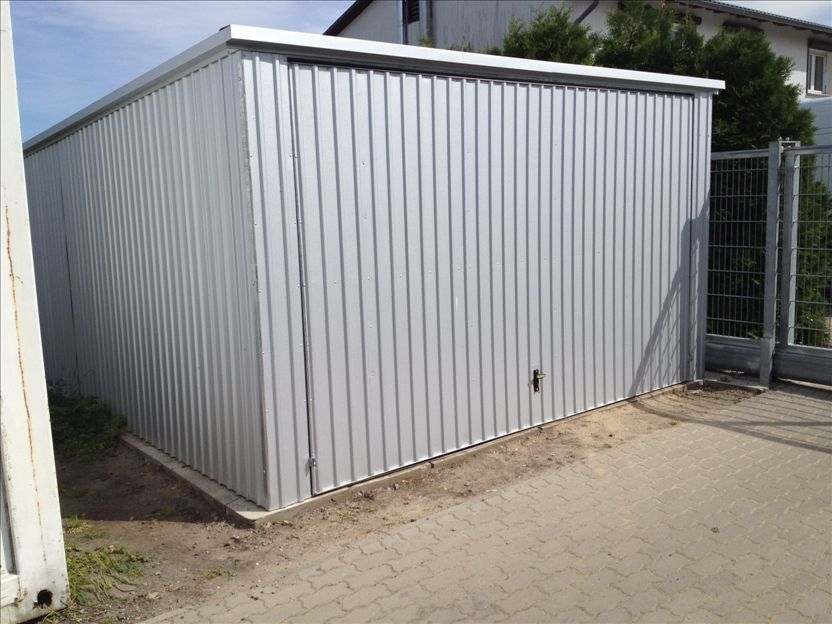 Fertiggarage  Fertiggarage, Garage, Lager voll verzinkt 7x4 Meter ...